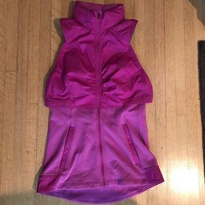 EUC pink/gray lululemon vest!!💗